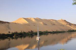 Sailing down the Nile, Agatha Christie style